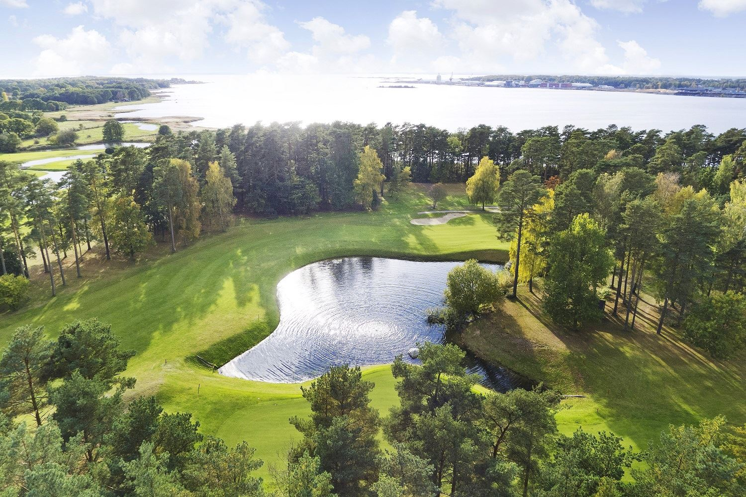 Play golf & stay att First Hotel, in the middle of a World Heritage