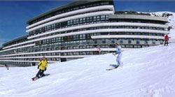 Résidence skis aux pieds / SOLEIL VACANCES LES MENUIRES