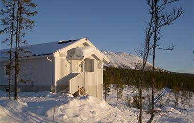 Laxvägen 9 - Nyrenoverade lägenheter på Höglandet med milsvid utsikt över fjällen