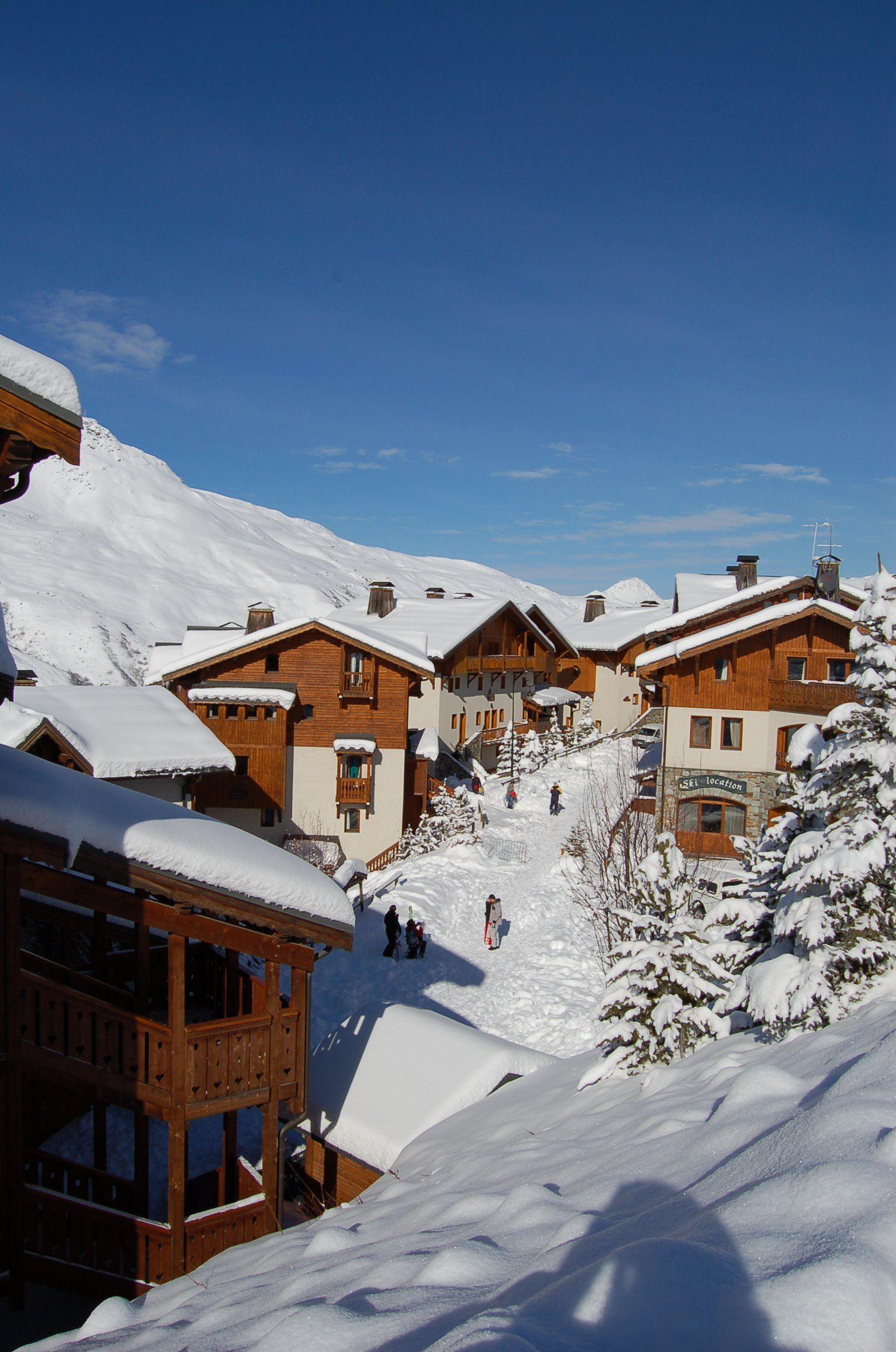 """Résidence skis aux pieds / LE HAMEAU DE LA SAPINIERE (4 Flocons """"Or"""")"""