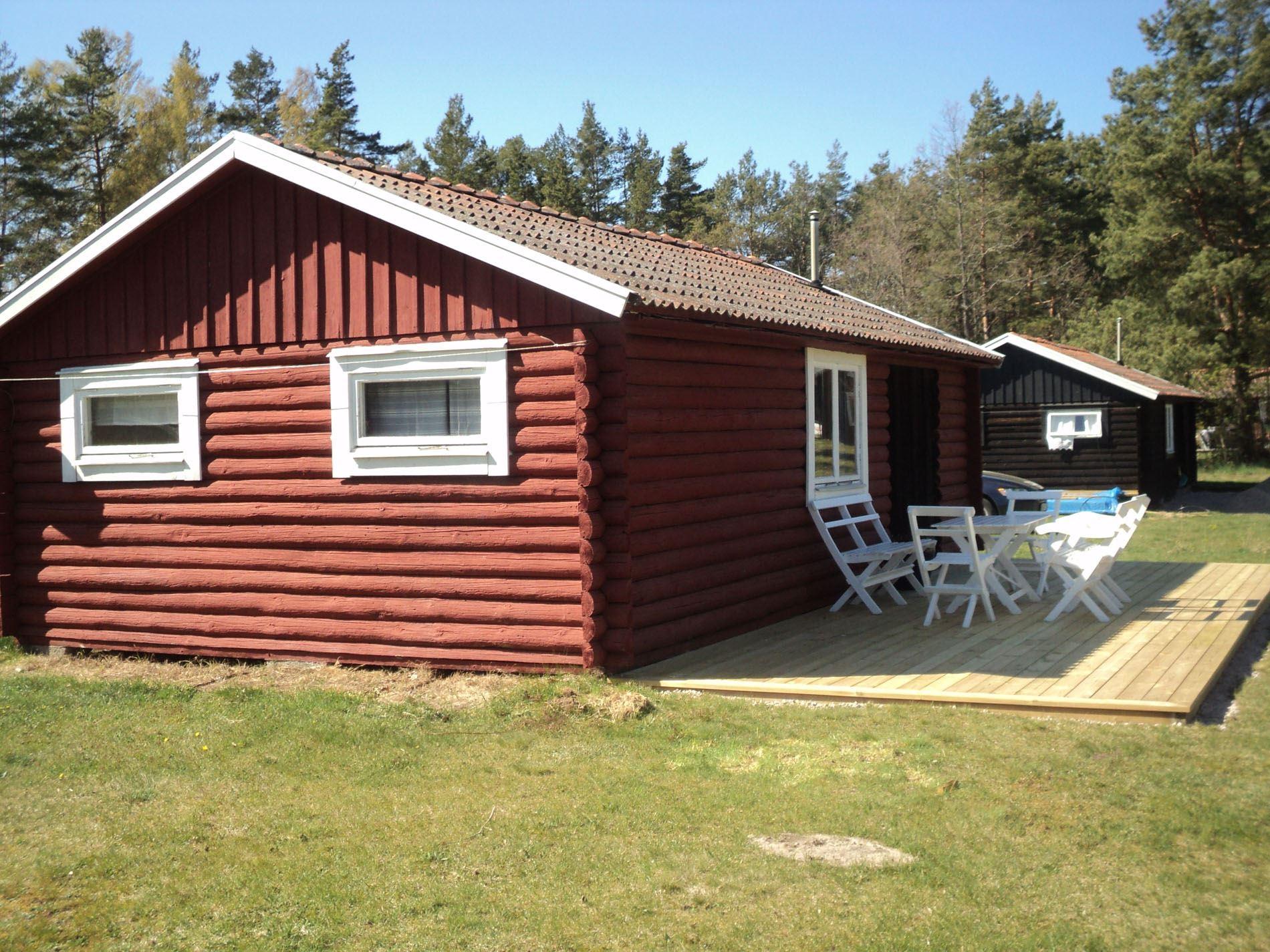 O111056** Böda Red cottage