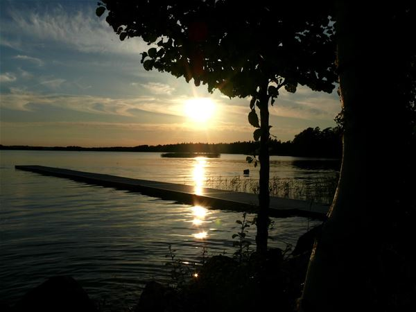 Mjölknabbens Camping,  © Mjölknabbens Camping, Solnedgång öven Åsnen