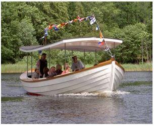 Aron the tour boat