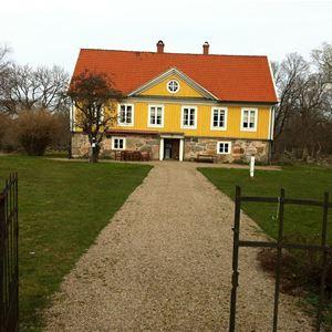 Holmamåla gård