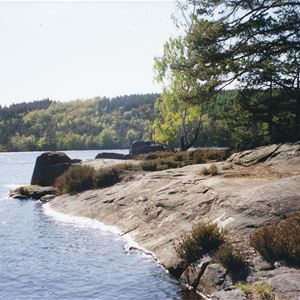 Alltidhult by the lake Raslången