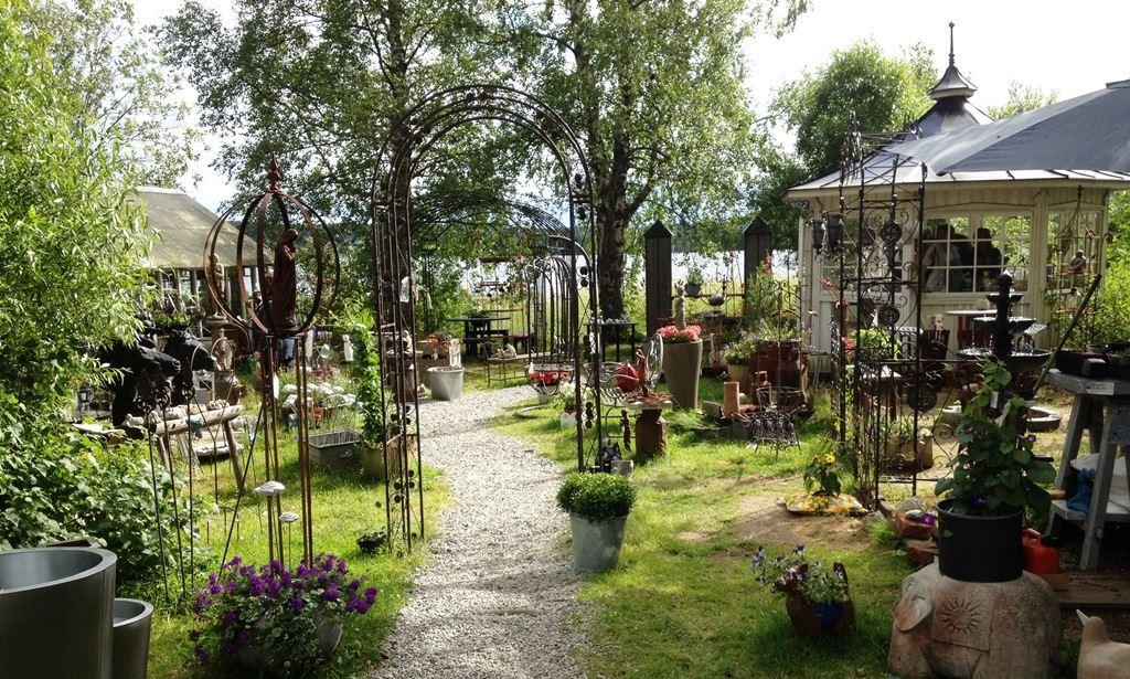 Blåeld - en trädgårdsupplevelse