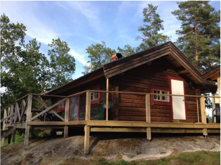 Cabin with a sauna and private jetty