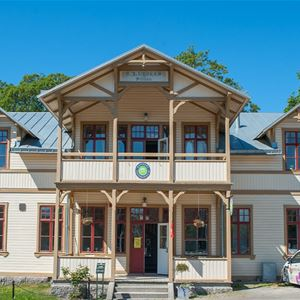 Ronneby Brunnspark vandrarhem och B&B