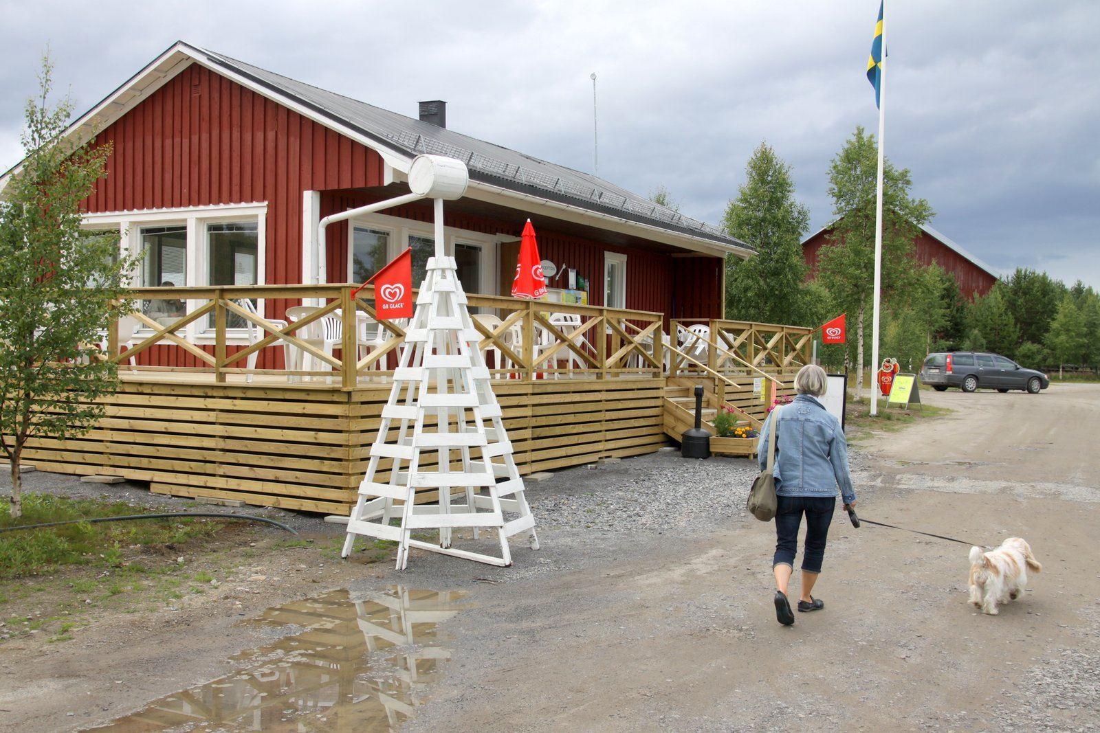 Staffan Stenlund, Servicebyggnaden på Sikeå Havscamping