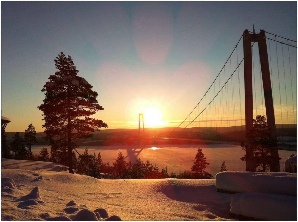 foto: Jessica Sjögren, Vinter vid högakustenbron