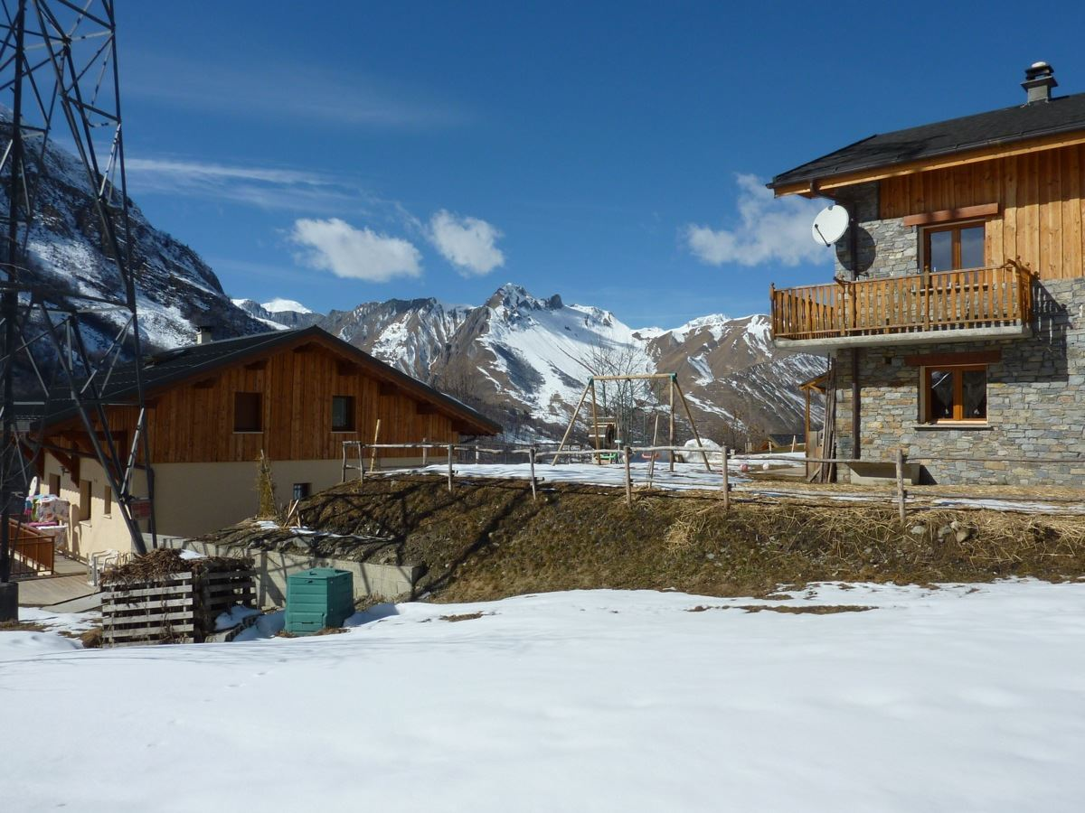 3 Rooms 6 Pers ski-in ski-out / CHERFERIE 02