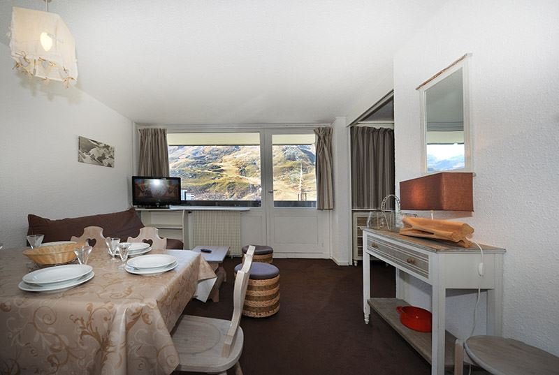 2 Rooms 6 Pers ski-in ski-out / ARAVIS 517