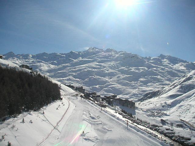 2 Pièces 6 Pers skis aux pieds / DORONS 0604