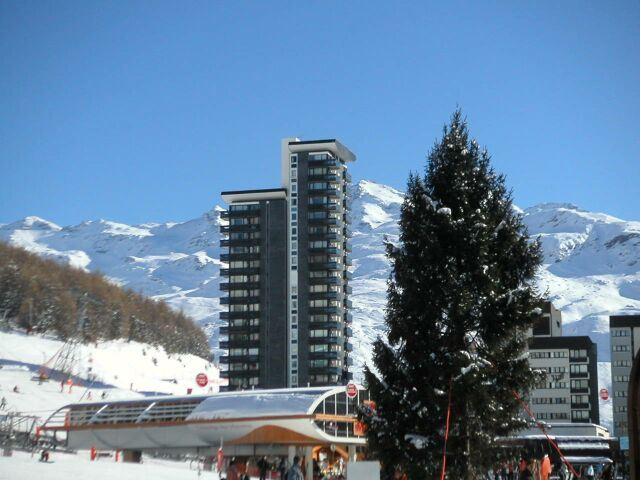 Studio 2 Pers skis aux pieds / DORONS 1206