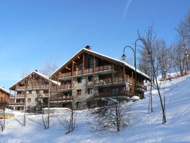 4 Pièces 6 Pers skis aux pieds / LE COCHET 7
