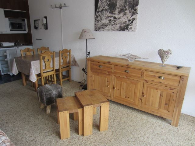 2 Rooms 4 Pers ski-in ski-out / COMBES 911
