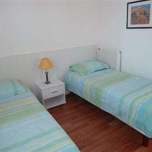 Appartement Thibault-Stora - Ref : ANG2215