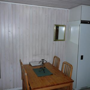 Stuga (4 bäddar, 15 m², ej WC/dusch), nr 05