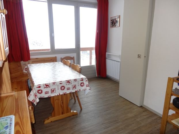 2 Rooms 5 Pers ski-in ski-out / BOEDETTE A 606