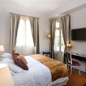 © ©Clarion Hôtel Château Belmont, CHATEAU DE BELMONT