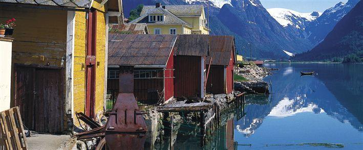 Fjord Cruise Fjærland half day excursion