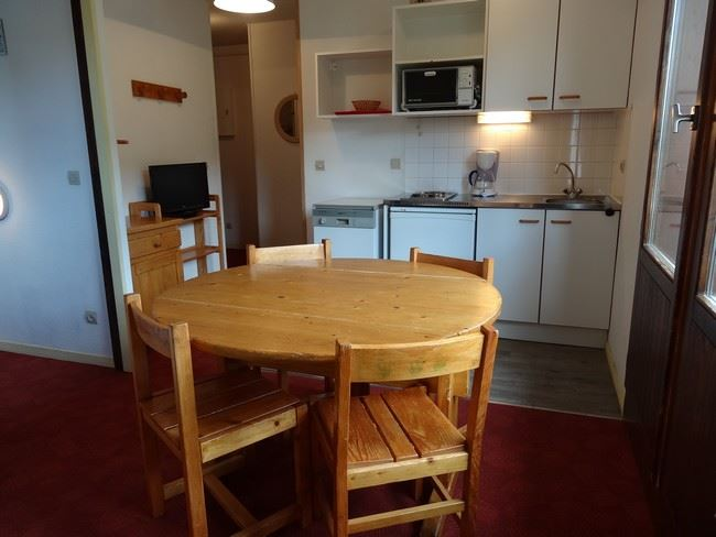 2 Rooms 5 Pers ski-in ski-out / OREE DES PISTES 31