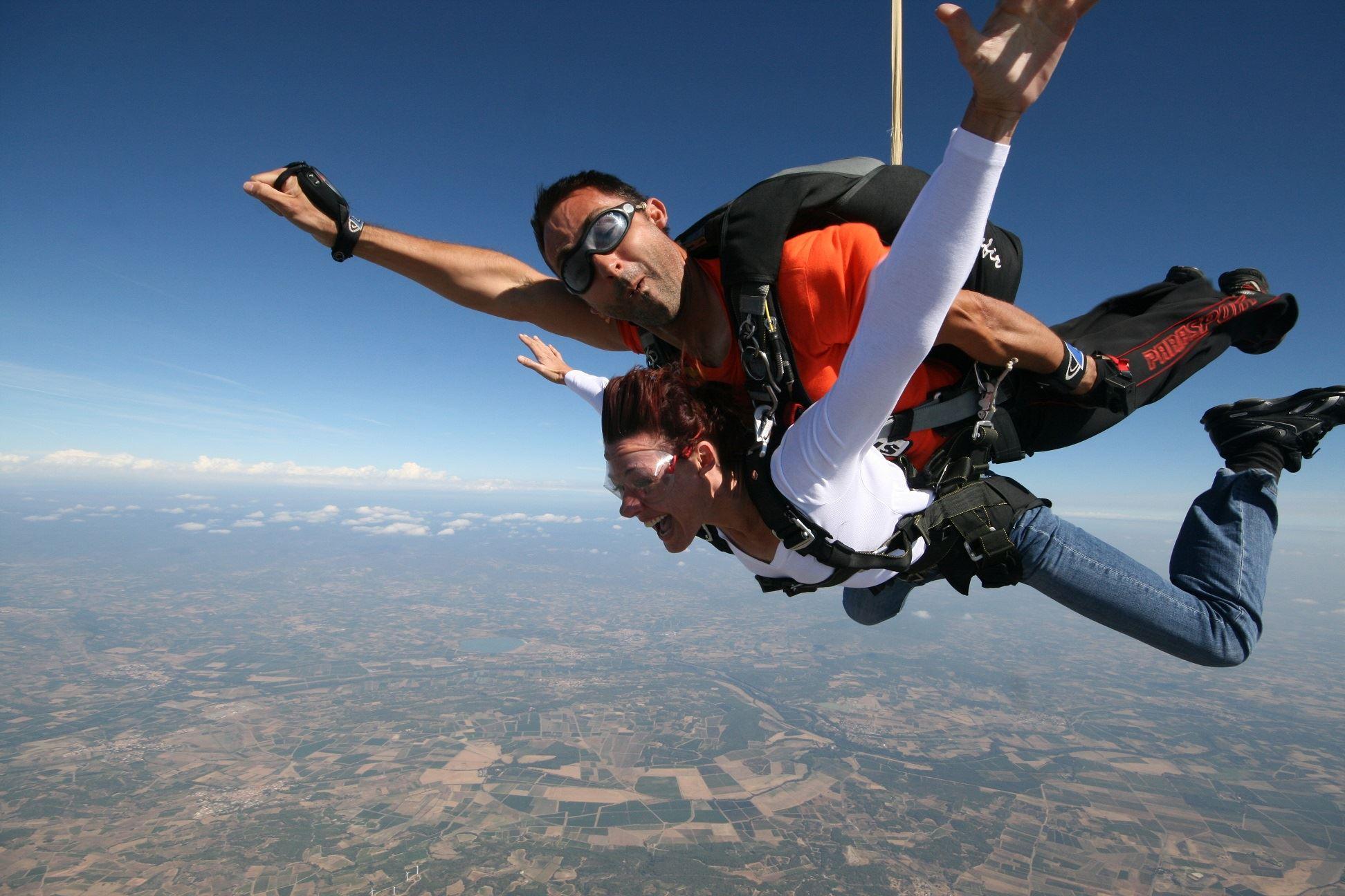 Saut en parachute tandem avec Chutextrem