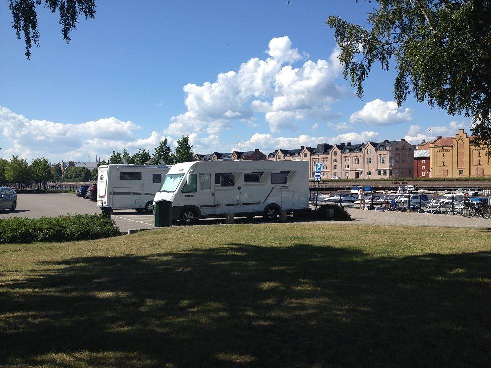 Parking for motor homes