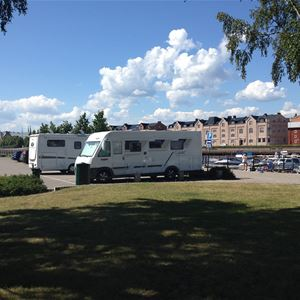 Parking for motor homes