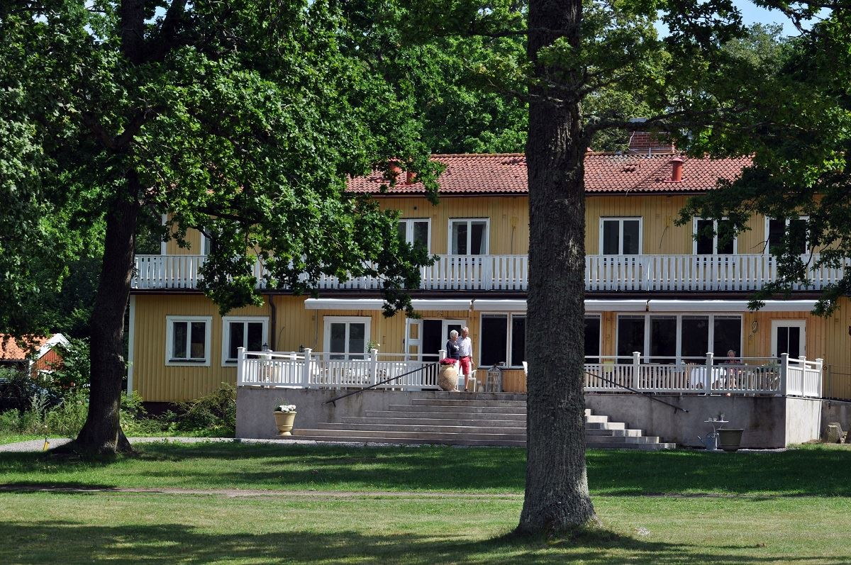 Mormors Pensionat, Strandhagen