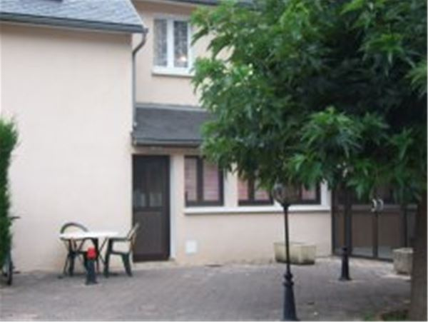 © © TAURUS Pierre, MVA28 - Appartement dans maison de village avec cheminée