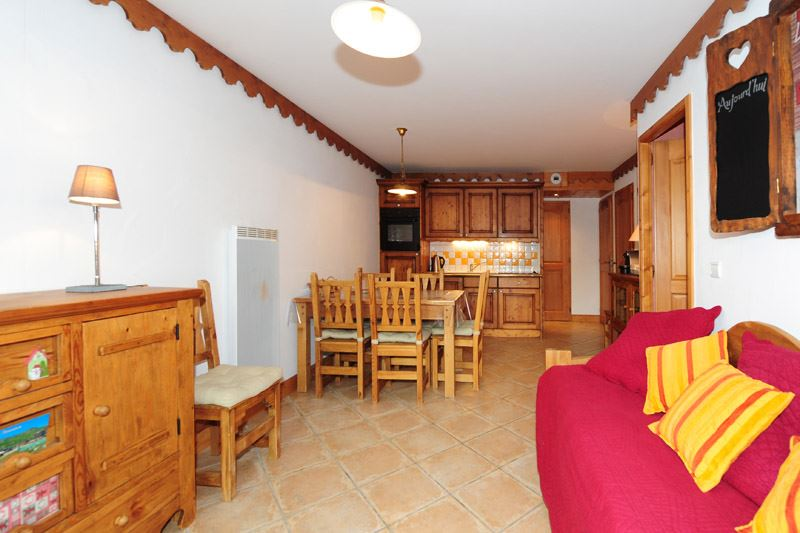 2 Rooms + cabin 6 Pers ski-in ski-out / HAMEAU DES MARMOTTES 3