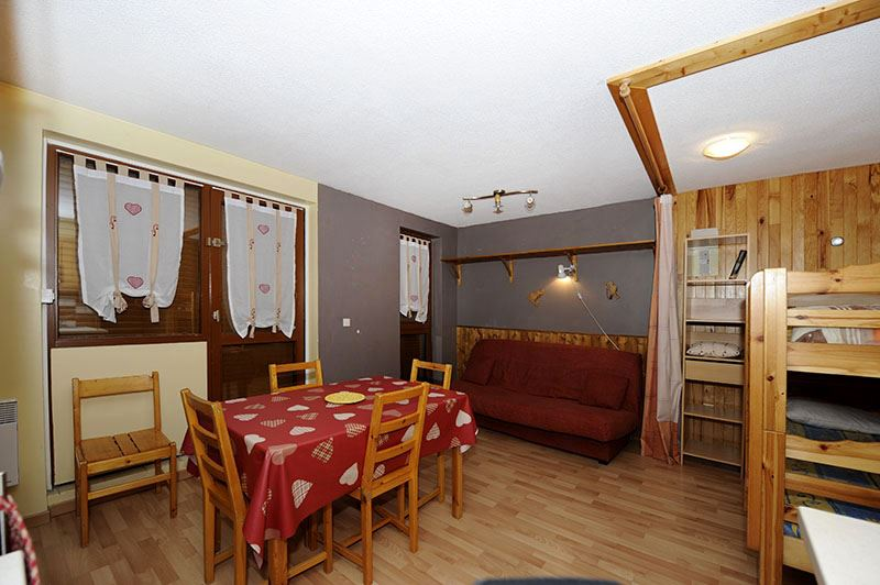 Studio 4 Pers skis aux pieds / SARVAN 108
