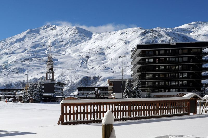 2 Rooms 4 Pers ski-in ski-out / OISANS 23