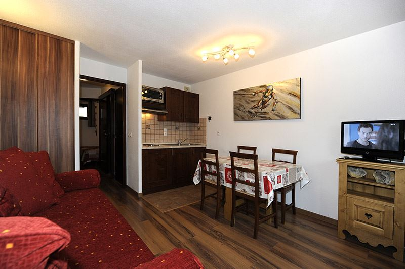 2 Rooms 4 Pers ski-in ski-out / BALCONS D'OLYMPIE 216