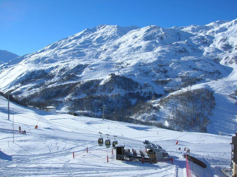 2 Pièces 5 Pers skis aux pieds / GRANDE MASSE 607