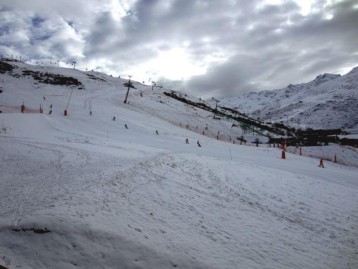 2 Pièces 5 Pers skis aux pieds / ORIGANES 330
