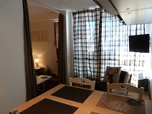 2 Room 5 Pers ski-in ski-out / MELEZES 4