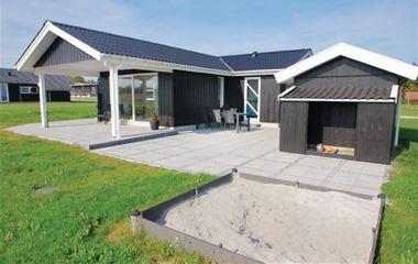 Sandersvig Strand - F04389