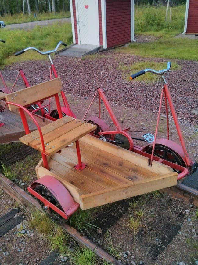 Cykla dressin på Smalspåret Hultsfred-Målilla