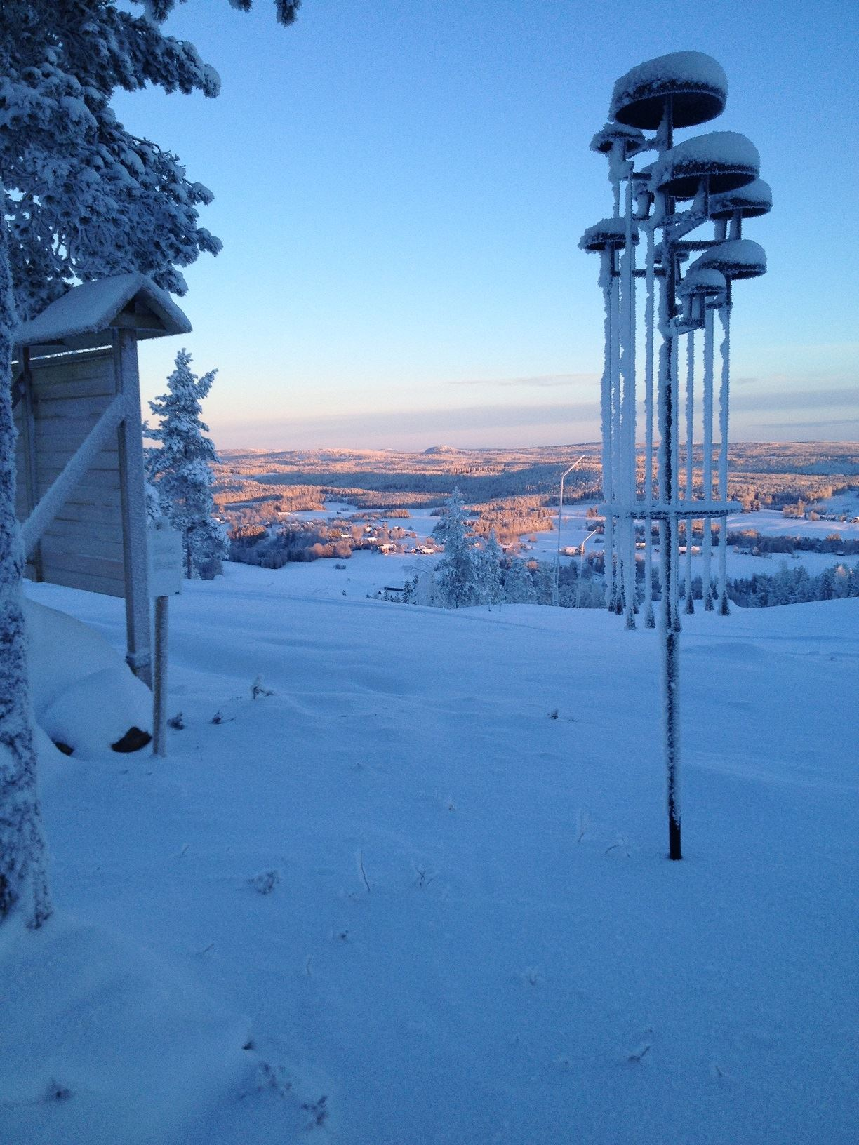 Ida Reichlin,  © Föreningen Klangvägen, Trollklockan i vinterskrud