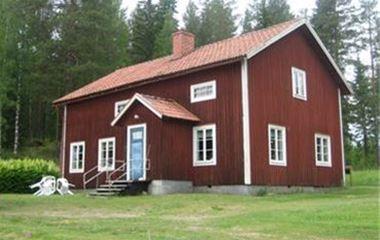Två stugor vid Lapptjärn i Växbo & uppställningsplats för Husvagn