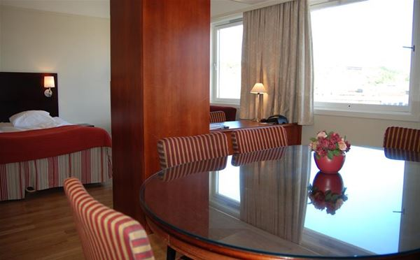 © Quality Hotel Saga, At Quality Hotel Saga, rooms have coffee/coffeemaker, minibar, trouser press/ironing board, cable TV with wide selection of movies, and wireless internet.