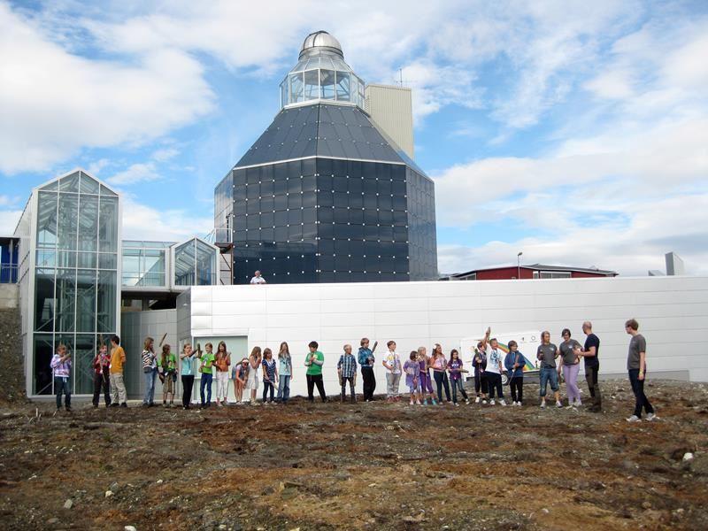 Filmvisninger og Nordlys i Norges største planetarium – Nordnorsk Vitensenter