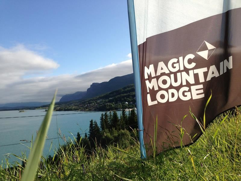 Magic Mountain Lodge