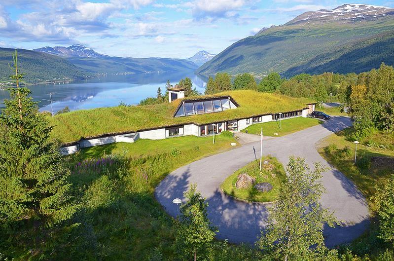 Fjellkysten Guesthouse
