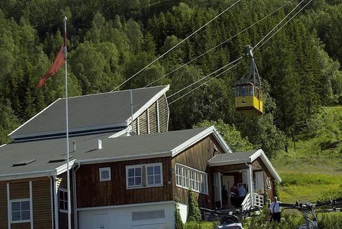 © Fjellheisen, Fjellstua