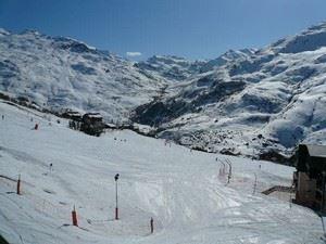 2 pièces 4 personnes ski aux pieds / ARMOISE 43