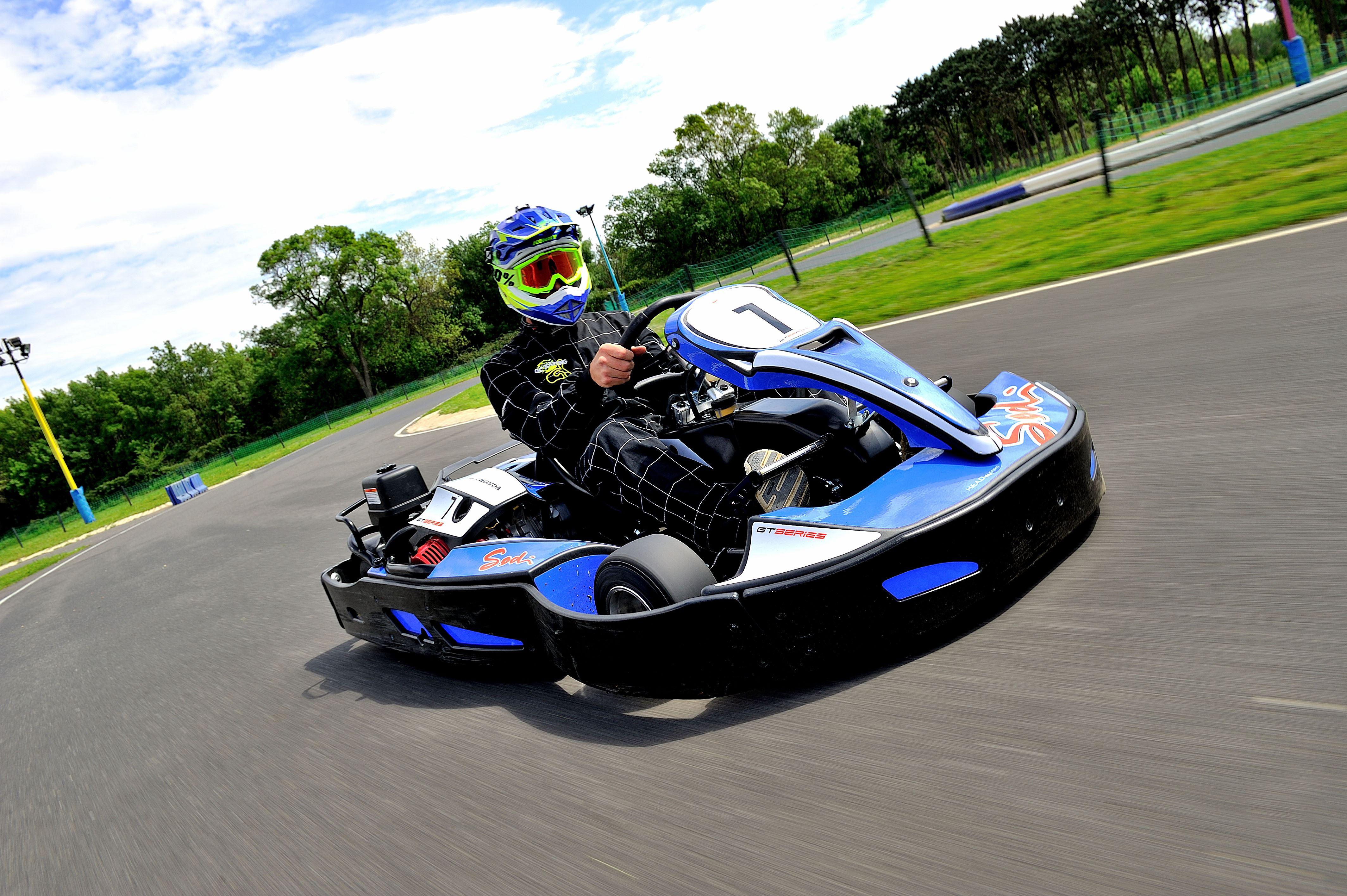 Circuit Karting avec Loc'Karting
