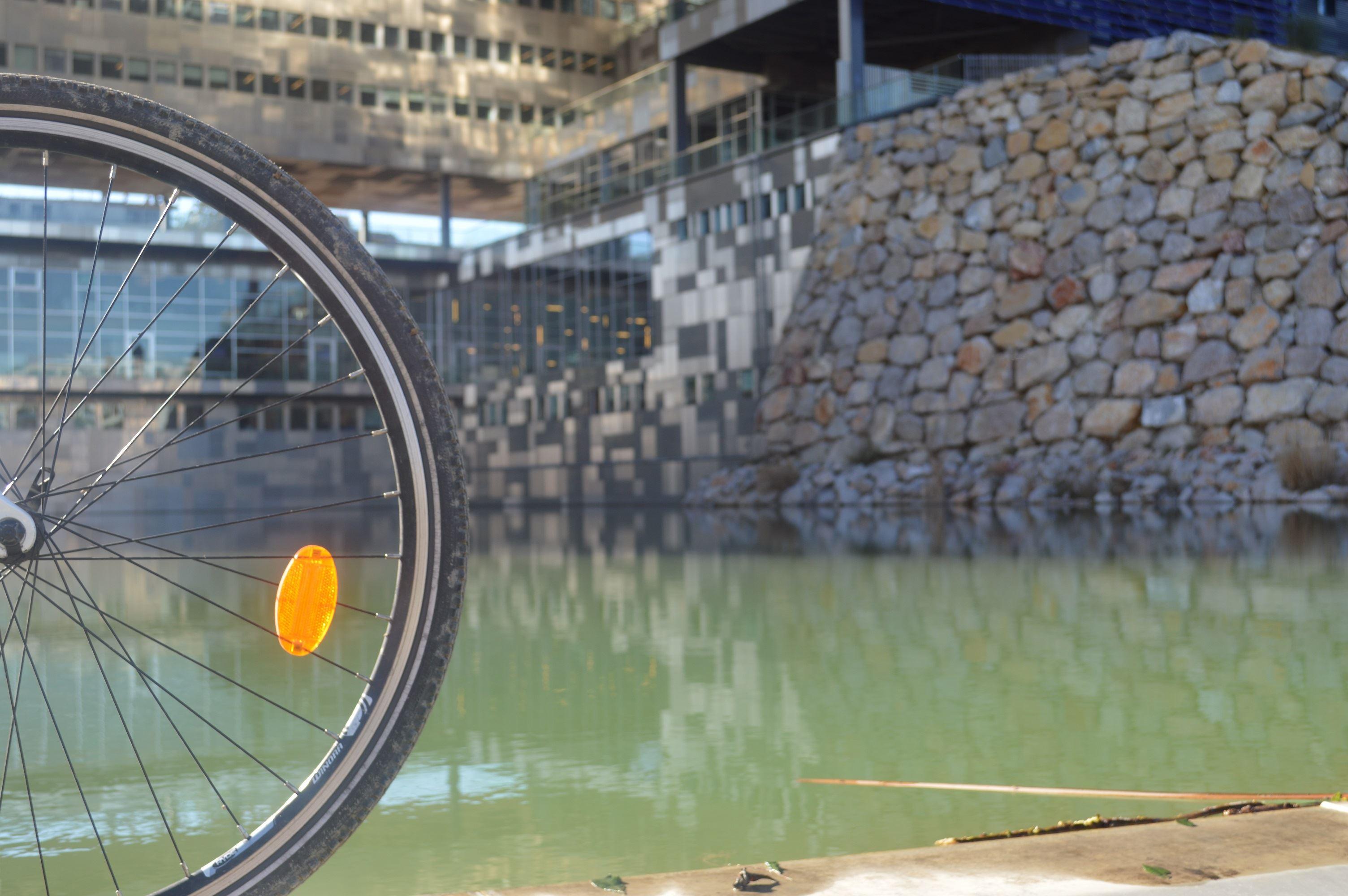Montpellier la Contemporaine avec UrbanBike City Tour